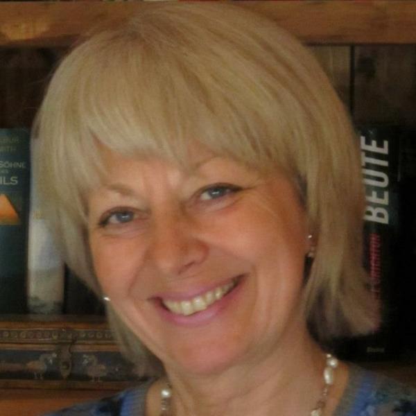 Elena P. Knoll